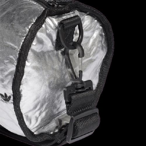 Стильная маленькая сумка-дафл Adidas Mini 4,5л. GE4778