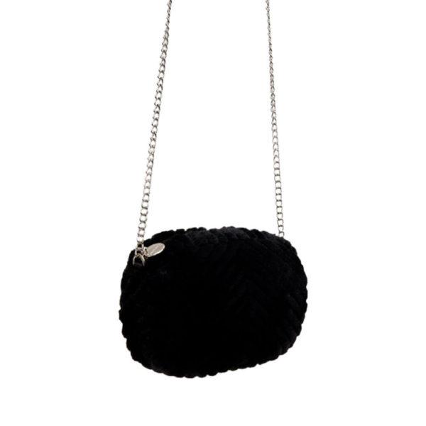 Красивая черная женская сумочка Stradivarius